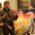 Moderatorin Sylvia Riegler, der Künstler, das Bild
